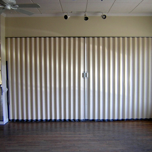 Commercial Accordion Doors & Commercial Accordion Doors | Other Commercial Equipment