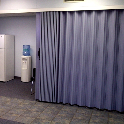 Commercial accordion doors other commercial equipment - Room partitions images ...