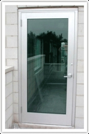 blast-resistant-glass-door