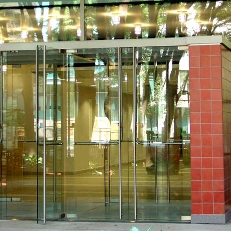 Doors featuring HERCULITE® glass & Doors featuring HERCULITE® glass | Personnel Doors | Doors