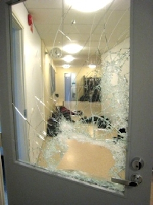 Emergency door gate repair service services planetlyrics Image collections
